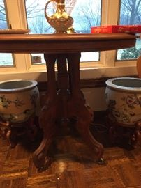 Antique table  2 pots on stands