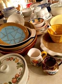 Lot's of Cute Farmhouse Dishes...
