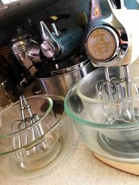 Small Appliances...Vintage...