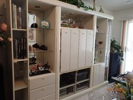 GREAT STORAGE & DISPLAY WITH ROOM FOR ENTERTAINMENT COMPONENTS