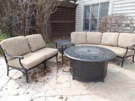Like New, Hanamint patio set - Purchased 1 yr old from Great Escape