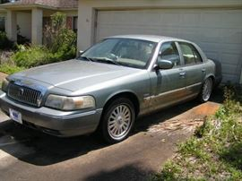 2006 MERCURY GRAND MARQUIS ULTIMATE EDITION  all leather interior  4.6 liter engine