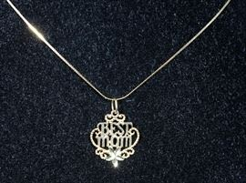 """14k Gold Chain with 14k """"Best Mom"""" Pendant, 1.5 Total Grams, 15"""" Chain"""