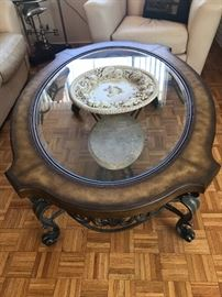 THOMASVILLE FOSSIL STONE WOOD AND GLASS OCCASIONAL TABLE