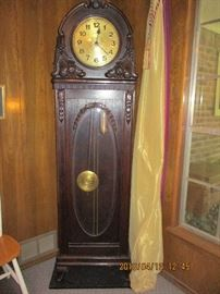 beehive top grandfather clock 1915-1930 German made