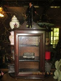 CURIO SMALL CABINET   CAN BE HUNG ON THE WALL