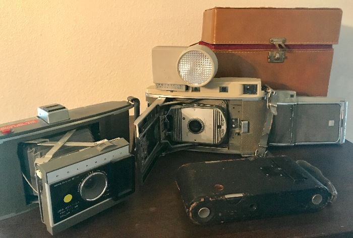 Nice Old camera collection