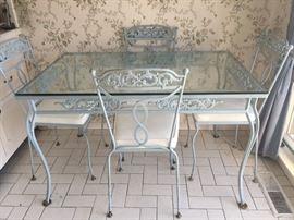 Vintage Salterini Dining set w/ cushions.
