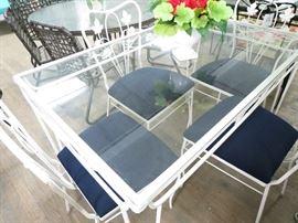 Salterini Dining Set w/ navy cushions