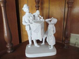 Newer John Rogers Statue Porcelain