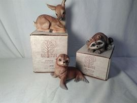 3 River Shore Animal Figurines         https://www.ctbids.com/#!/description/share/18573