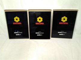 3 Secura Plaques in Boxes    https://www.ctbids.com/#!/description/share/13228