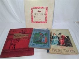 Vintage Books & BeeGees Tales CD Set (4 Pieces)                       https://www.ctbids.com/#!/description/share/13227
