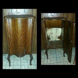 Vintage/Antique Cabinet