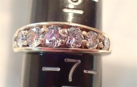 3G  -  14K  GOLD BAND W/ 7 DIAMONDS APPROX 1.27CT   SIZE 6.5