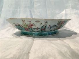 19th c. Chinese Famille Rose Footed Bowl