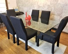 BEAUTIFUL Heavy Beveled Glass MCM DIning table with elegant black chairs