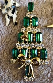Kirks Folly vintage Christmas tree pins