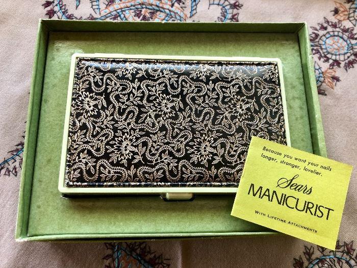 Sear vintage manicure set