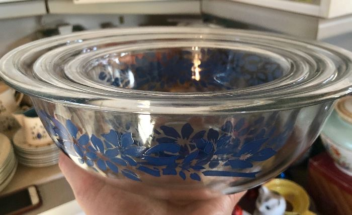 Nesting Pyrex, clear with blue flowers