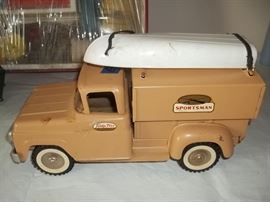 vintage Tonka sportsman truck with box
