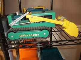 vintage Tonka loader with box