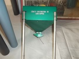 Structo sand hopper