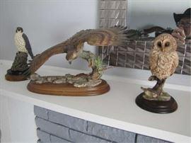 13 BIRD STATUES