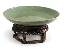 Ming Dynasty Rare Large Longquan Kiln Celadon Charger. D:19 1/4in(48.9cm)