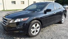 2010 Honda Accord Crosstour 4WD Black Exterior; Black Leather Interior; Power Windows, Locks, Mirrors, Seats; 2-Person Memory Driver's Seat; In-Dash Navigation System; Heated Front Seats; AM/FM/XM Stereo with 6 CD Changer, and more. VIN: 5J6TF2H55AL012212