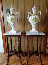 2 Portuguese Ceramic Floral Urns and 2 marble table   http://www.ctonlineauctions.com/detail.asp?id=701622