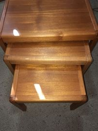 Mcm nesting tables