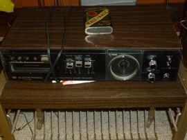 Vintage receiver w/8-track