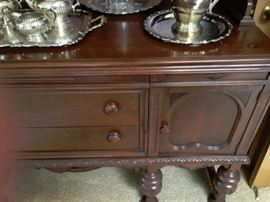 Beautiful Buffet Hutch.  2 Side cabinets for storage; 2 drawers.