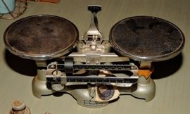 Vintage Sargent-Welch Scientific Co. Balance Gram Scale