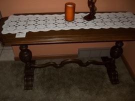 beautiful vintage sofa table