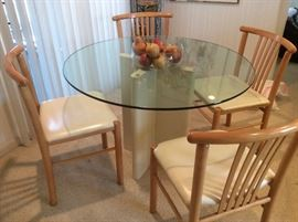 Sleek dinette set