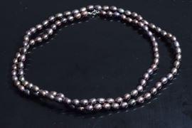 Strand Baroque Gray Pearls