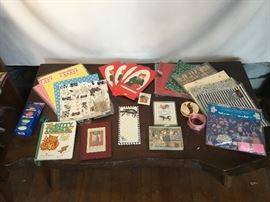 Lot of Wrapping Supplies & Note Cards https://www.ctbids.com/#!/description/share/14049