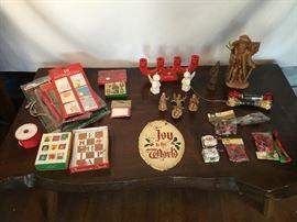 Christmas Wrapping & Decor https://www.ctbids.com/#!/description/share/14052