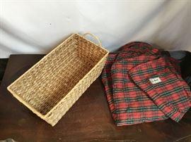Duvet Cover & Basket https://www.ctbids.com/#!/description/share/14259