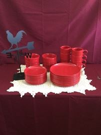 Red Dishware and Weather Vane      https://www.ctbids.com/#!/description/share/14369