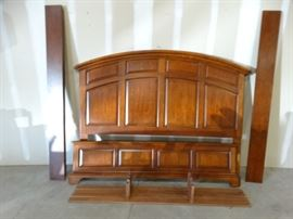 Shaker Style King Head and Footboard by Vaughn