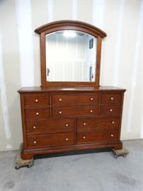 Shaker Style Dresser with Arched Bevelled Mirror