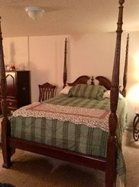 I love this four poster queen bed -- again the mattress set is a high-end  and  the bedding very nice.