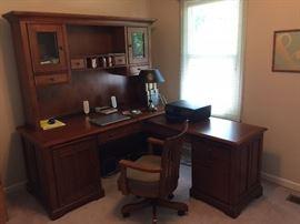 3 piece desk ensemble gorgeous