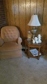 Great casual chair with Royal Doulton set