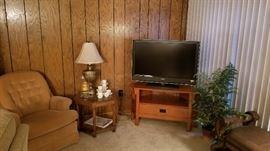 Nice Sony Bravia TV on oak wood corner table