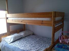 Bunk Beds w/ Full Sz Bottom & Twin Top