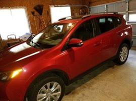 2013 Toyota RAV4 Limited ... only 36000 miles!